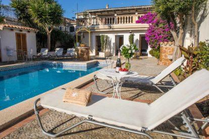 Villa Sant Josep | Sun loungers